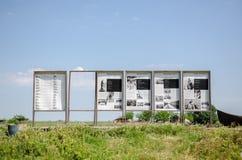 Los paneles del museo de Lotca con imágenes del estilo de vida del delta Dunarii Imagen de archivo