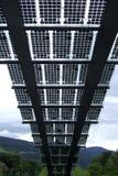 Los paneles fotovoltaicos en Brixen Fotos de archivo