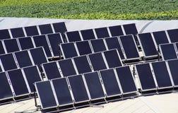 Los paneles solares. Fotos de archivo