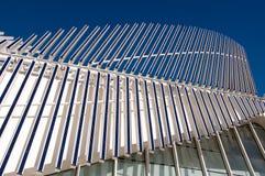 Los paneles solares de la arquitectura moderna Fotografía de archivo libre de regalías