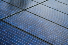 Los paneles solares muy cerca para arriba Imagen de archivo