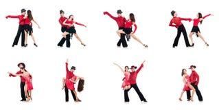 Los pares de bailarines aislados en el blanco Imagenes de archivo