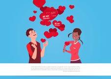 Los pares de la raza de la mezcla sobre formas del corazón con sean mi concepto del día de fiesta de Valentine Greeting Cards Lov libre illustration