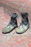 Los pares de zapatos viejos Foto de archivo libre de regalías