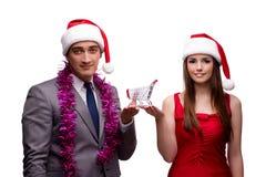 Los pares en concepto en línea de las compras de la Navidad Fotografía de archivo