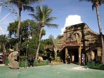 Los paseos, los sitios y el interior de las atracciones encantaron el reino Imagenes de archivo