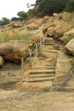 Los pasos de la colina del complejo sittanavasal del templo de la cueva Fotografía de archivo