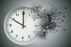 Los pasos del tiempo, disuelven Concepto de tiempo de desaparición ilustración del vector