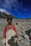 Los peregrinos en la montaña Kalas Imagen de archivo libre de regalías