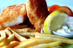 Los pescado frito con patatas fritas se cierran para arriba Fotos de archivo libres de regalías