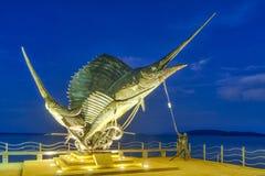 Los pescados de espada esculpen el adorno de la playa en Ao Nang Imagen de archivo