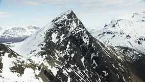 Los picos del norte ártico metrajes