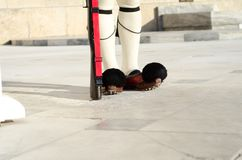 Los pies del parlamento guardan, Tsarouhi, Grecia Foto de archivo libre de regalías