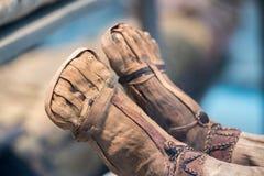 Los pies egipcios de la momia se cierran para arriba fotografía de archivo libre de regalías