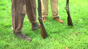Los pies y los armas de los soldados de la unión metrajes