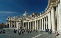 Los pilares de Vatican Imagenes de archivo