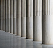 Los pilares del Stoa de Attalos Imagen de archivo libre de regalías