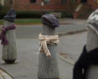 Los posts se vistieron correctamente para el invierno en Seattle, Washington 13 Foto de archivo