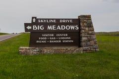 Los prados grandes firman adentro el parque nacional de Shenanodah Foto de archivo libre de regalías