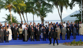 Los presidentes de delegaciones presentan para la fotografía oficial en la 17ma cumbre del movimiento no alineado Fotos de archivo