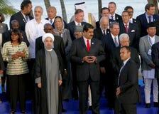 Los presidentes de delegaciones presentan para la fotografía oficial en la 17ma cumbre del movimiento no alineado Fotografía de archivo libre de regalías