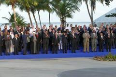 Los presidentes de delegaciones presentan para la fotografía oficial en la 17ma cumbre del movimiento no alineado Foto de archivo libre de regalías