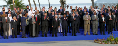 Los presidentes de delegaciones presentan para la fotografía oficial en la 17ma cumbre del movimiento no alineado Imagen de archivo