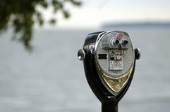 Los prismáticos Coin-Op acercan al faro de Marblehead Imagen de archivo