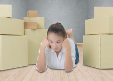 Los propietarios de negocio tienen dolores de cabeza debido a problemas del producto fotos de archivo