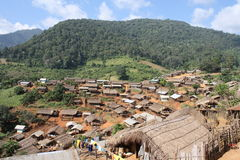 Los pueblos en el valle. Fotos de archivo libres de regalías