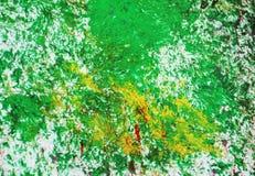 Los puntos rosados plateados amarillos verdes ponen en contraste el fondo de pintura de la acuarela, acrílico de la acuarela que  foto de archivo libre de regalías