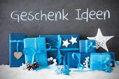 Los regalos de la Navidad, nieve, Geschenk Ideen significan idea del regalo Imágenes de archivo libres de regalías