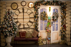 Los regalos de la Navidad se dirigen la decoración fotografía de archivo libre de regalías