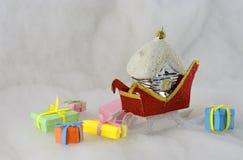 Los regalos de Santa Claus Fotografía de archivo libre de regalías