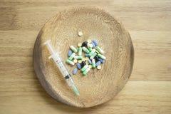 Los remedios caseros comunes son esenciales para tratar enfermedad que es la base imagen de archivo libre de regalías