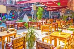Los restaurantes en la ciudad vieja de Antalya Foto de archivo