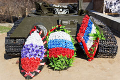 Los restos de un tanque de batalla T-34 imagenes de archivo