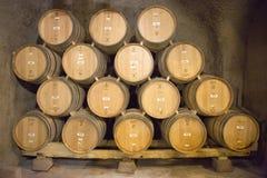Los sótanos de Newton Winery en Napa Valley Foto de archivo