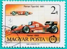 Los sellos con impreso en Hungría muestran el coche Fotografía de archivo