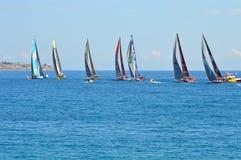 Los siete equipos en la raza 2014 - 2015 del océano de Volvo Foto de archivo