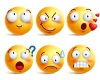 Los smiley vector el sistema Cara o emoticons sonrientes amarillos con expresiones faciales Imagenes de archivo