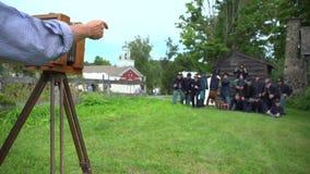 Los soldados de la guerra civil presentan para una foto del tintype almacen de video