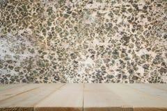 Los tablones de madera con el backgroud son fungosos en la madera Imagenes de archivo