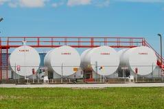 Los tanques de almacenaje de combustible Fotos de archivo