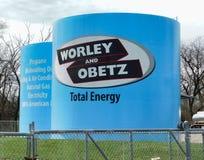 Los tanques de almacenamiento azules de Worley y de Obetz imágenes de archivo libres de regalías