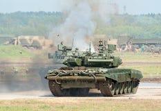 Los tanques de batalla demuestran combate Imagenes de archivo