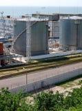 Los tanques de gasolina y aceite Foto de archivo
