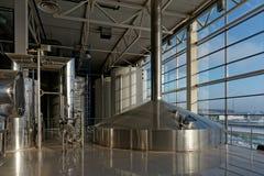 los tanques de la Cerveza-elaboración de la cerveza foto de archivo libre de regalías