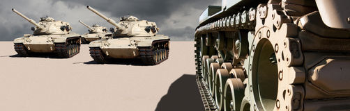Los tanques de la guerra del ejército de Estados Unidos en el desierto foto de archivo