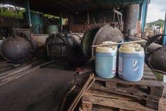 Los tanques de madera del tratamiento Fotografía de archivo